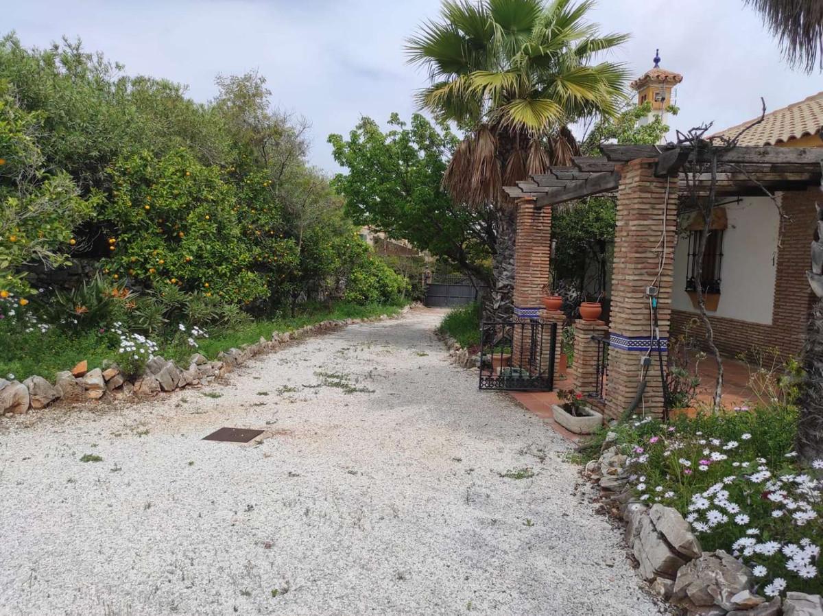 House in Alhaurín de la Torre R3838015 45