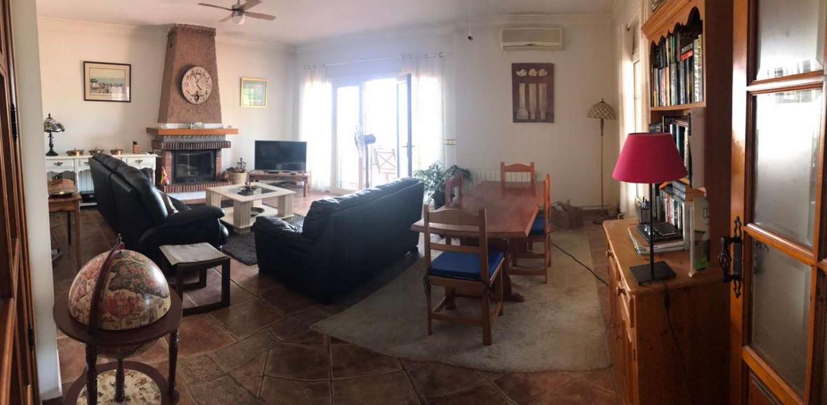 House in Alhaurín de la Torre R3838015 5