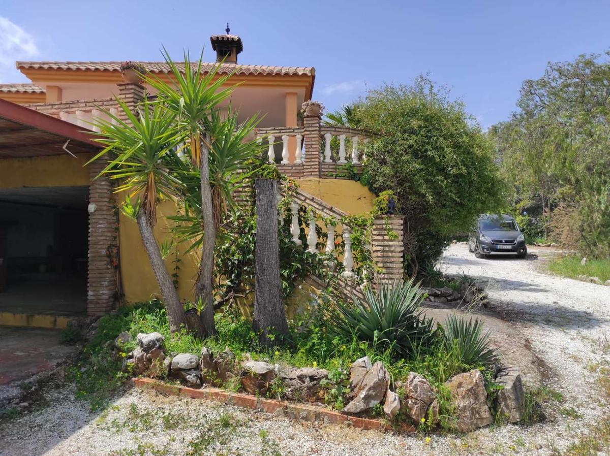 House in Alhaurín de la Torre R3838015 51