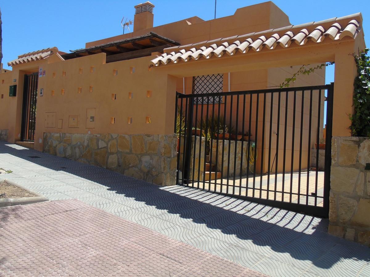 Semi Detached Villa in Torre del Mar Costa del Sol, for sale, in excellent conditions of conservatio,Spain