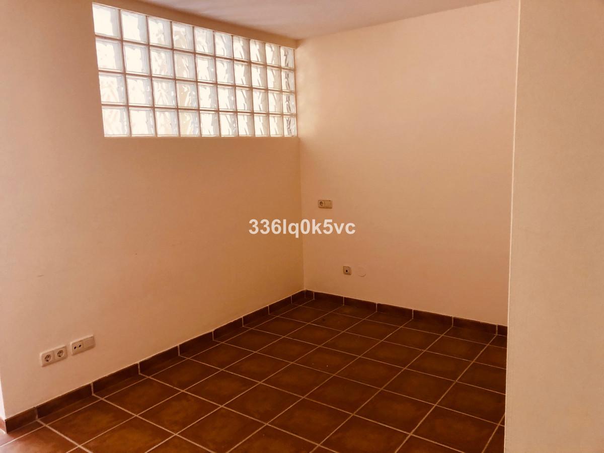 1 Bedroom Ground Floor Studio For Sale Benahavís