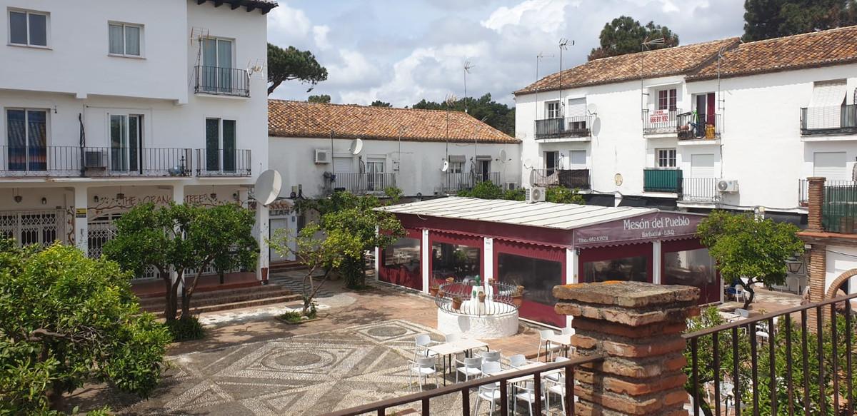1 Bedroom Middle Floor Apartment For Sale Marbesa, Costa del Sol - HP3844021