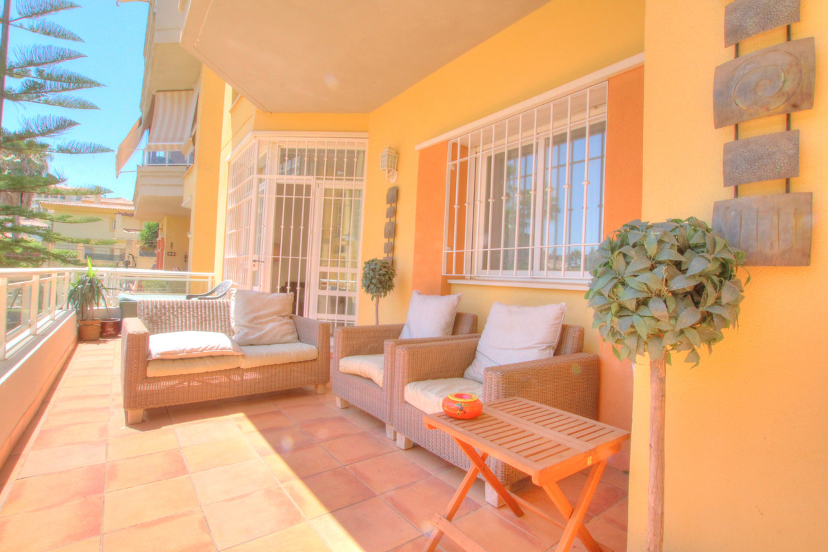 Apartamento con 3 Dormitorios en Venta La Cala Hills