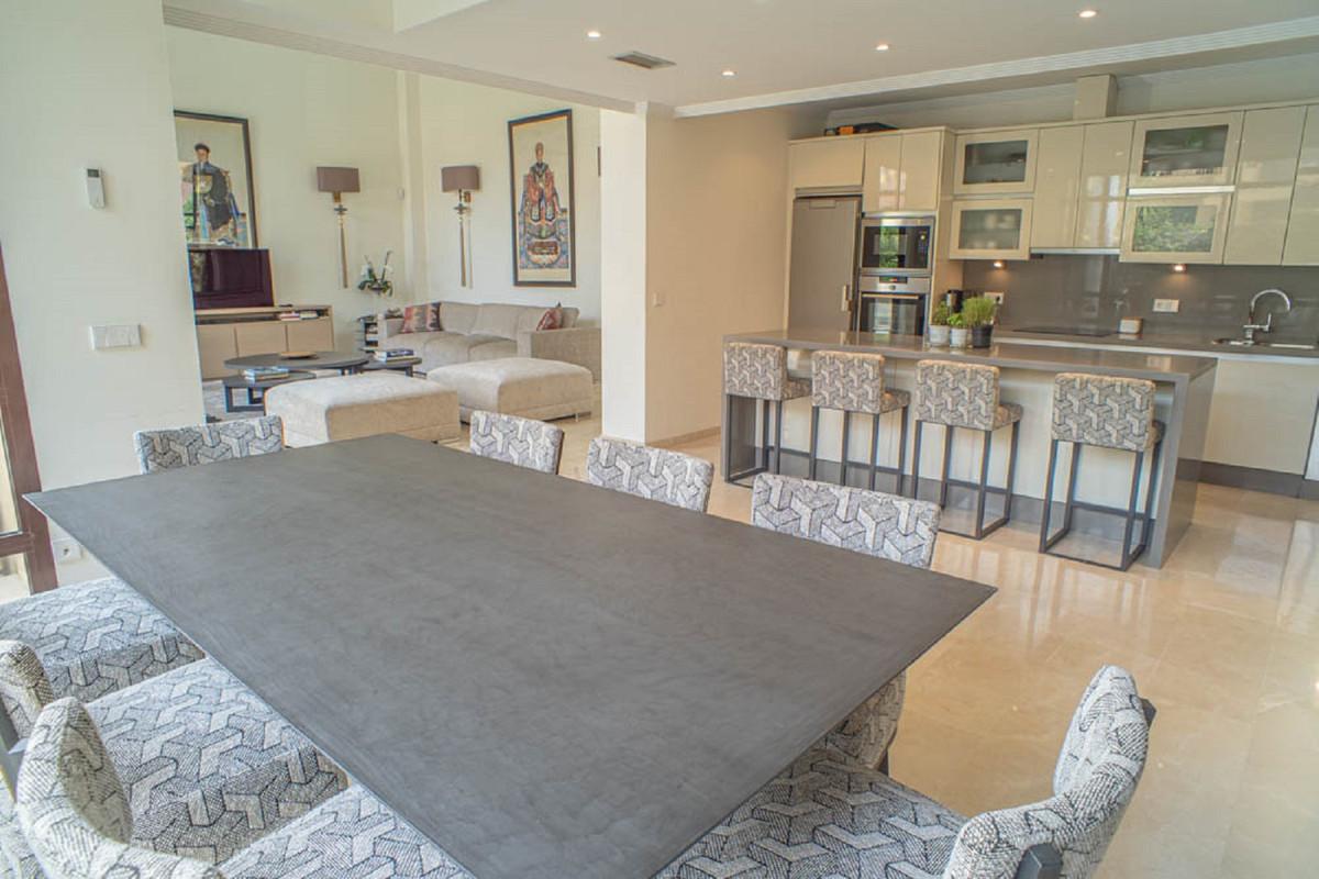 House in Nueva Andalucía R3912652 18