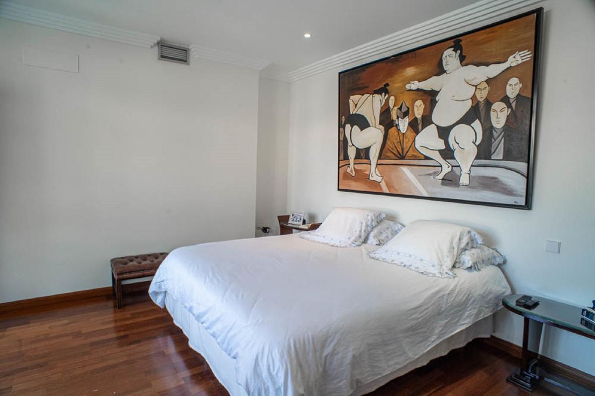 House in Nueva Andalucía R3912652 23
