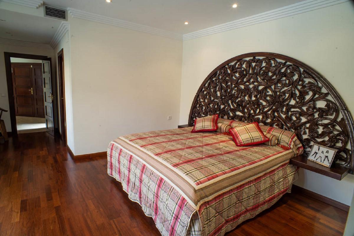 House in Nueva Andalucía R3912652 30