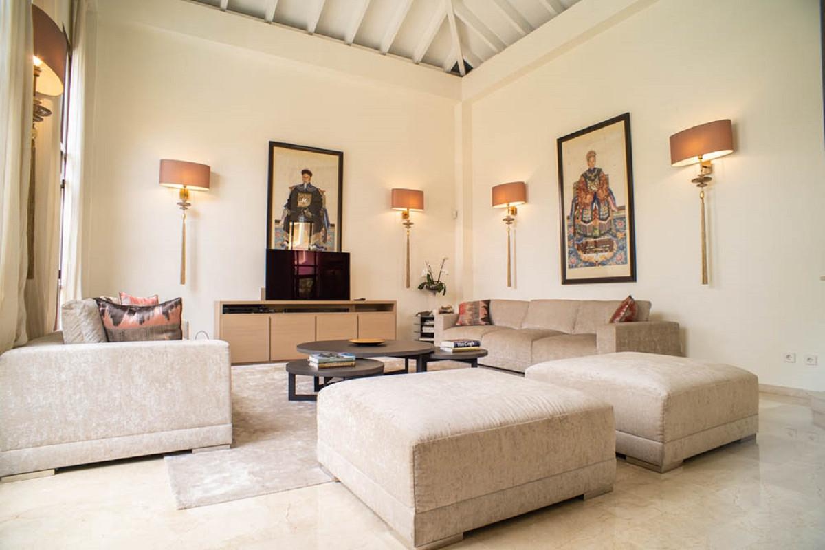 House in Nueva Andalucía R3912652 4
