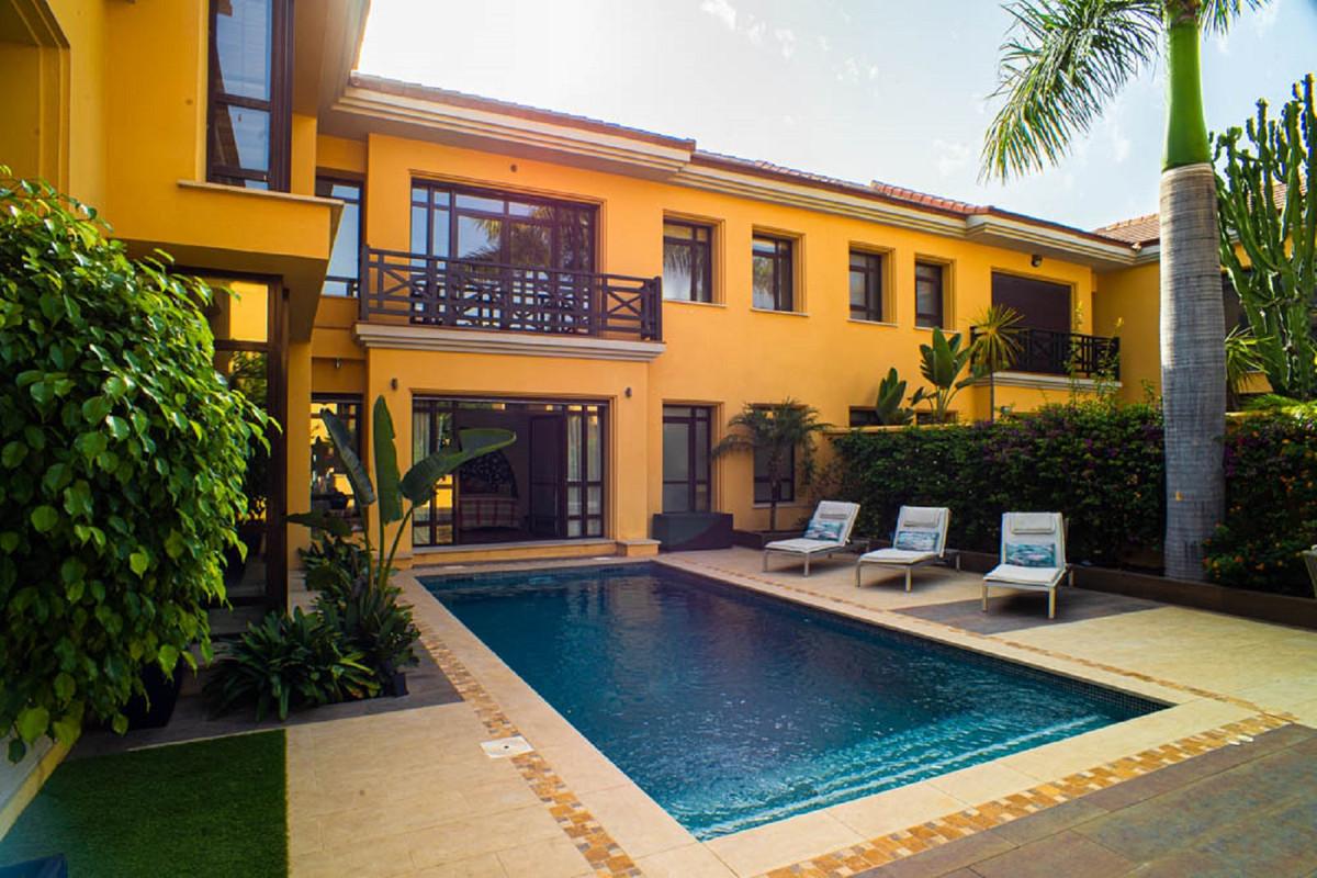 House in Nueva Andalucía R3912652 40