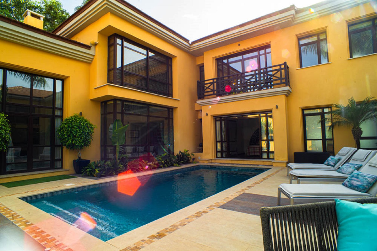 House in Nueva Andalucía R3912652 42