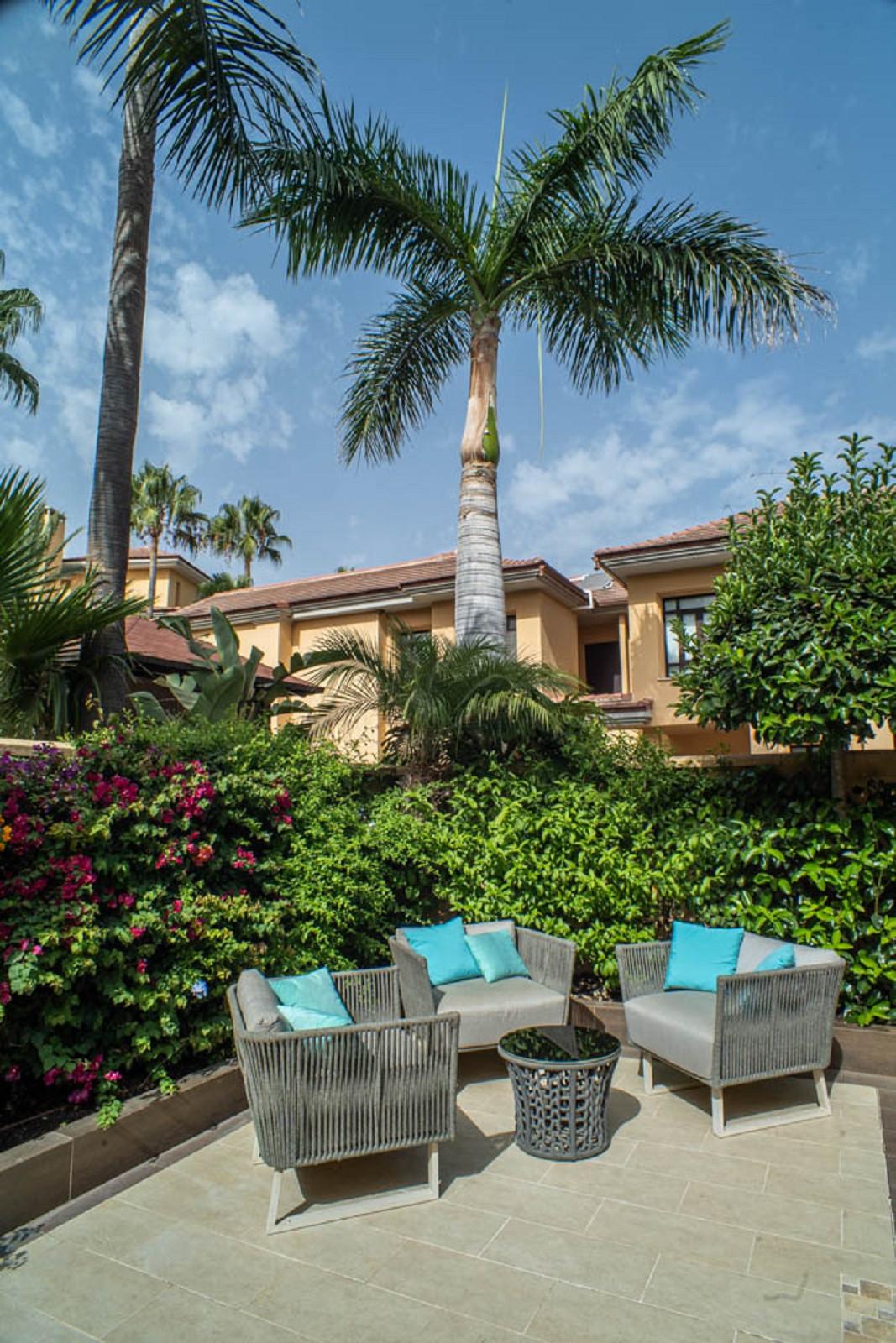 House in Nueva Andalucía R3912652 51