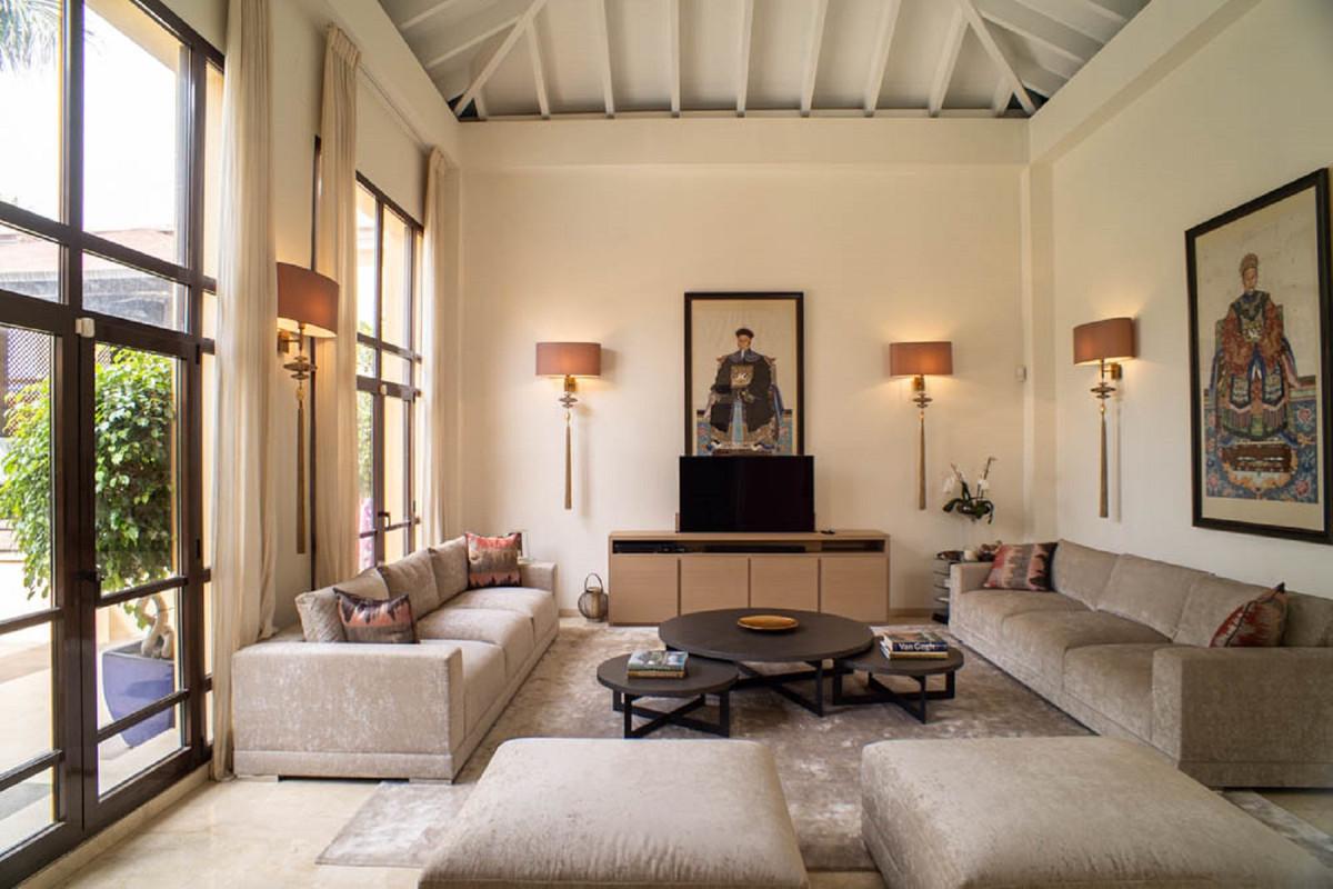 House in Nueva Andalucía R3912652 6