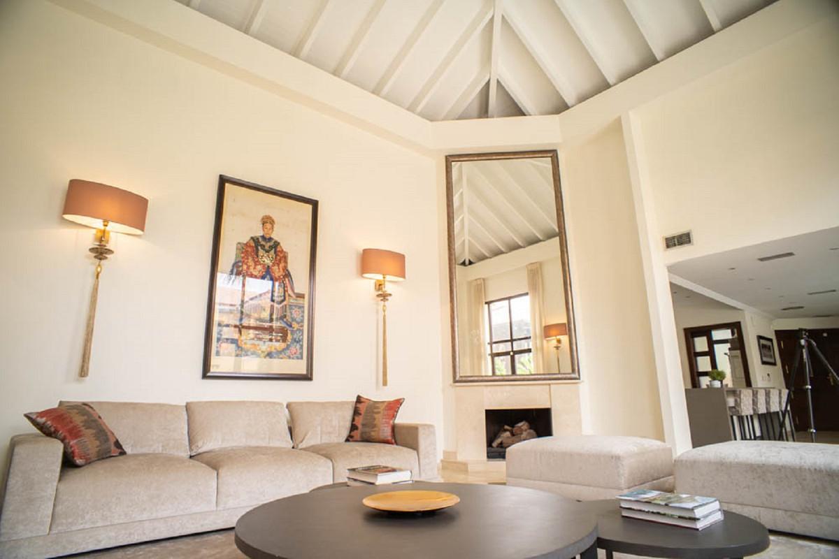 House in Nueva Andalucía R3912652 7