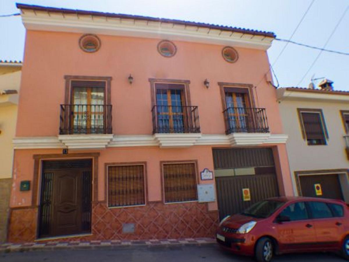 Detached Villa for sale in Alhaurín el Grande