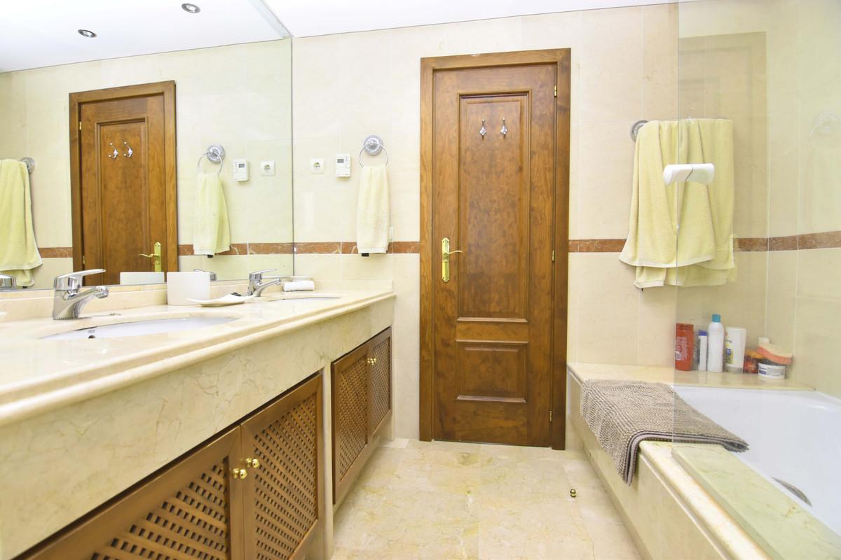 Apartment Penthouse in Marbella, Costa del Sol