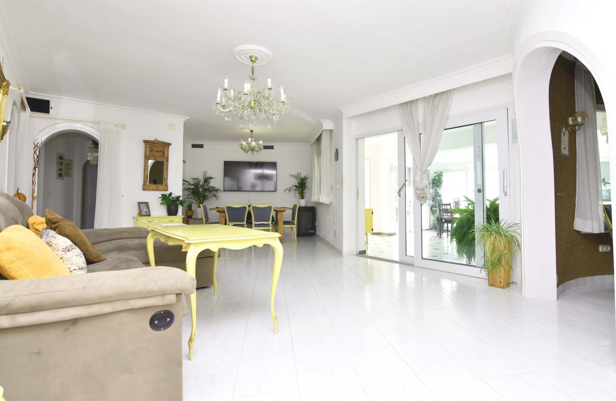 House in Arroyo de la Miel R3799741 12