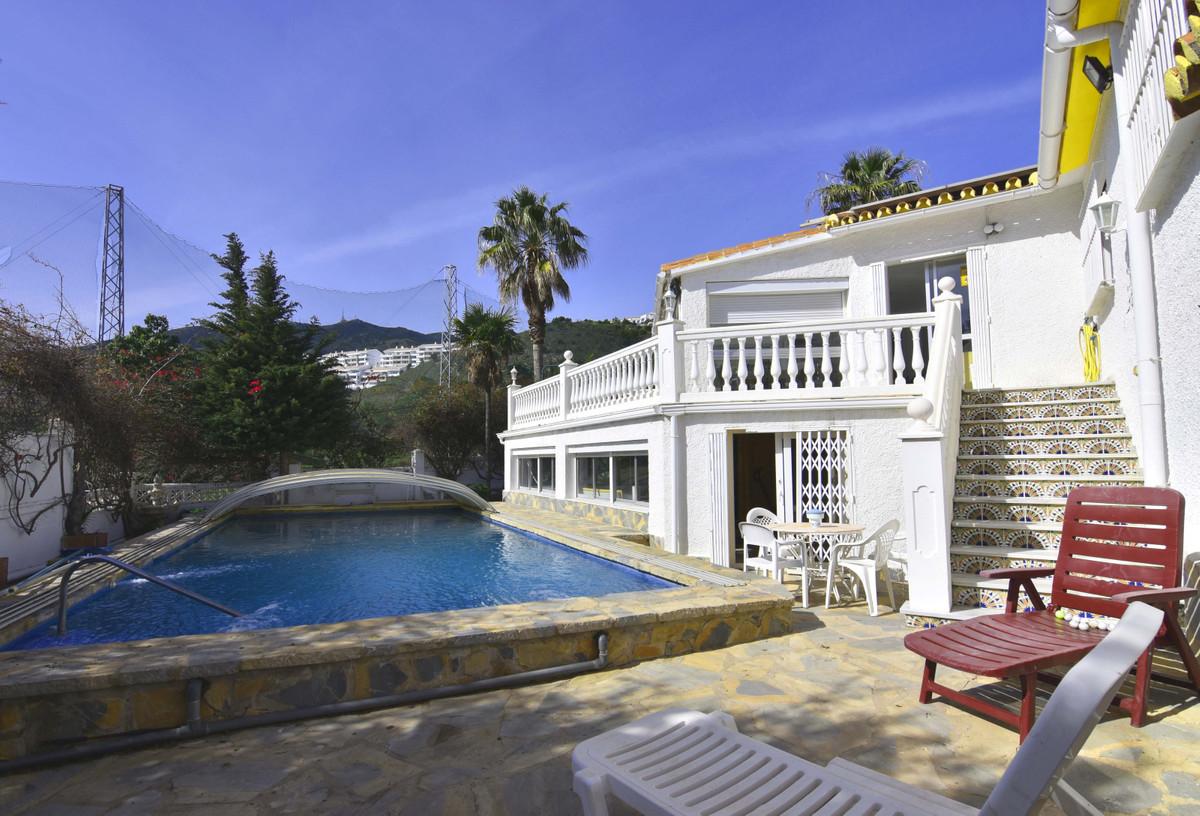 House in Arroyo de la Miel R3799741 2