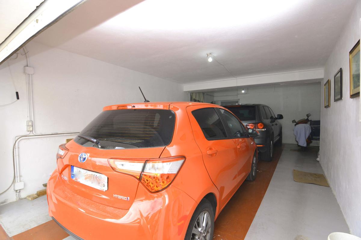 House en Arroyo de la Miel R3570022 23