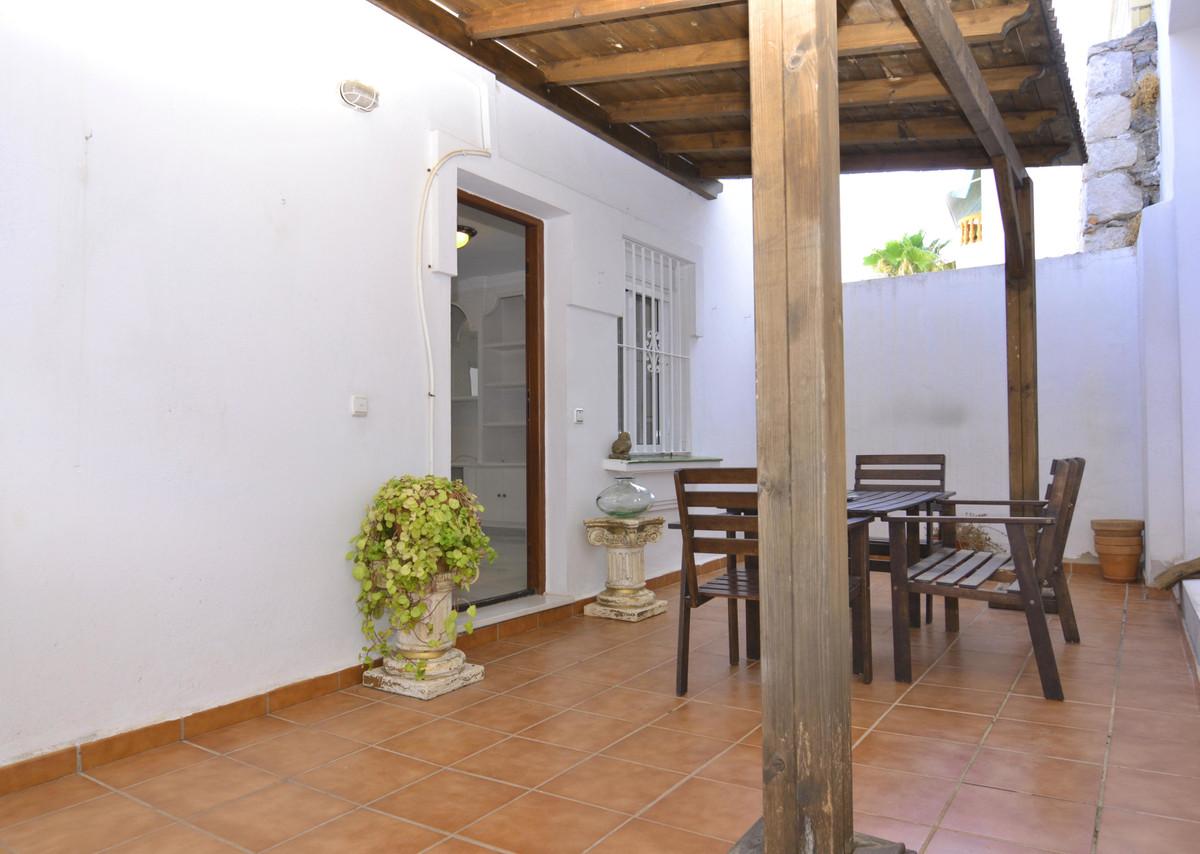 Apartamento con 3 Dormitorios en Venta Benalmadena Pueblo