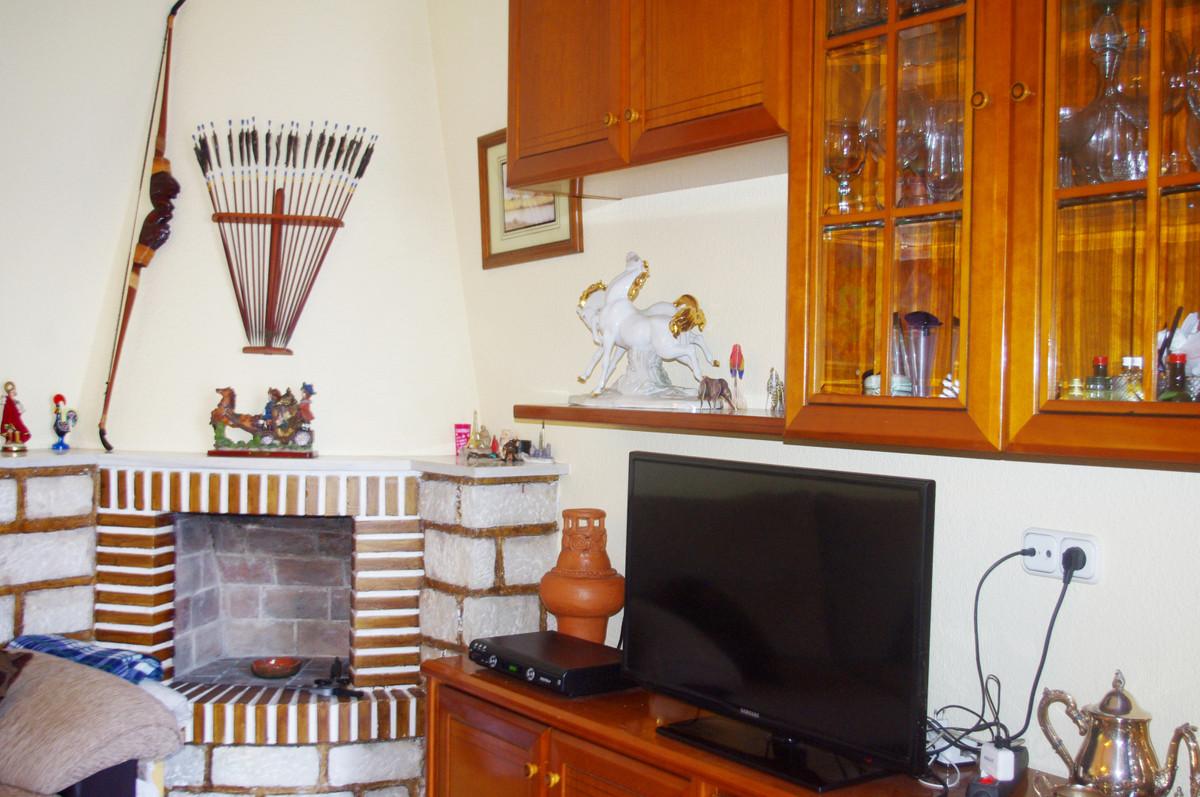 Unifamiliar con 8 Dormitorios en Venta Torremolinos