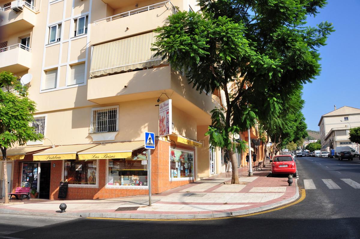 R3308029: Commercial for sale in Benalmadena