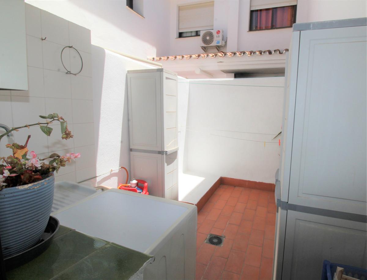 Unifamiliar con 4 Dormitorios en Venta San Pedro de Alcántara