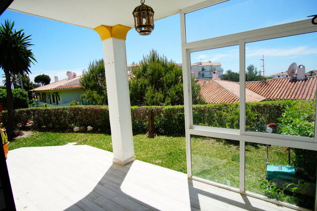 STUNNING MODERN SCANDINAVIAN STYLE GARDEN APARTMENT- Located within a secure gated development withi,Spain