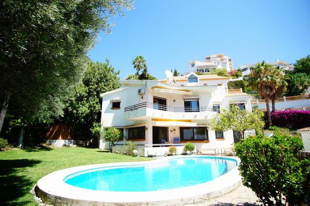 SUPER SEA VIEWS- Excellent value villa south facing villa with fantastic sea views and beautiful gar,Spain