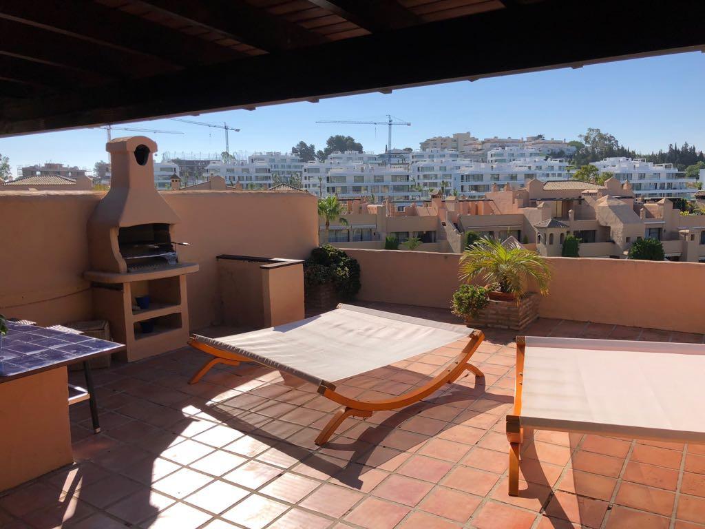 Beautiful Duplex Penthouse with open plan kitchen, 3 en suite double bedrooms and open plan lounge a,Spain