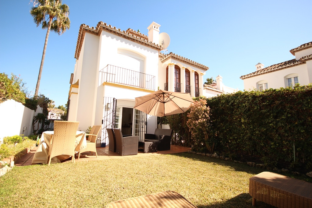Townhouse for sale in El Presidente