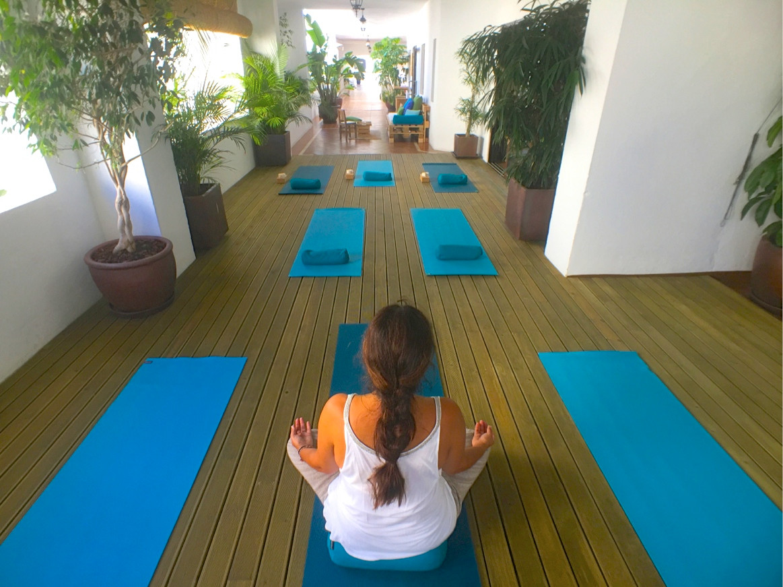 200 m2 + 60 m2 terrace 1 lobby 1 kitchen (full equipment)  1 Yoga room 1 massage cabin  2 cloakrooms,Spain