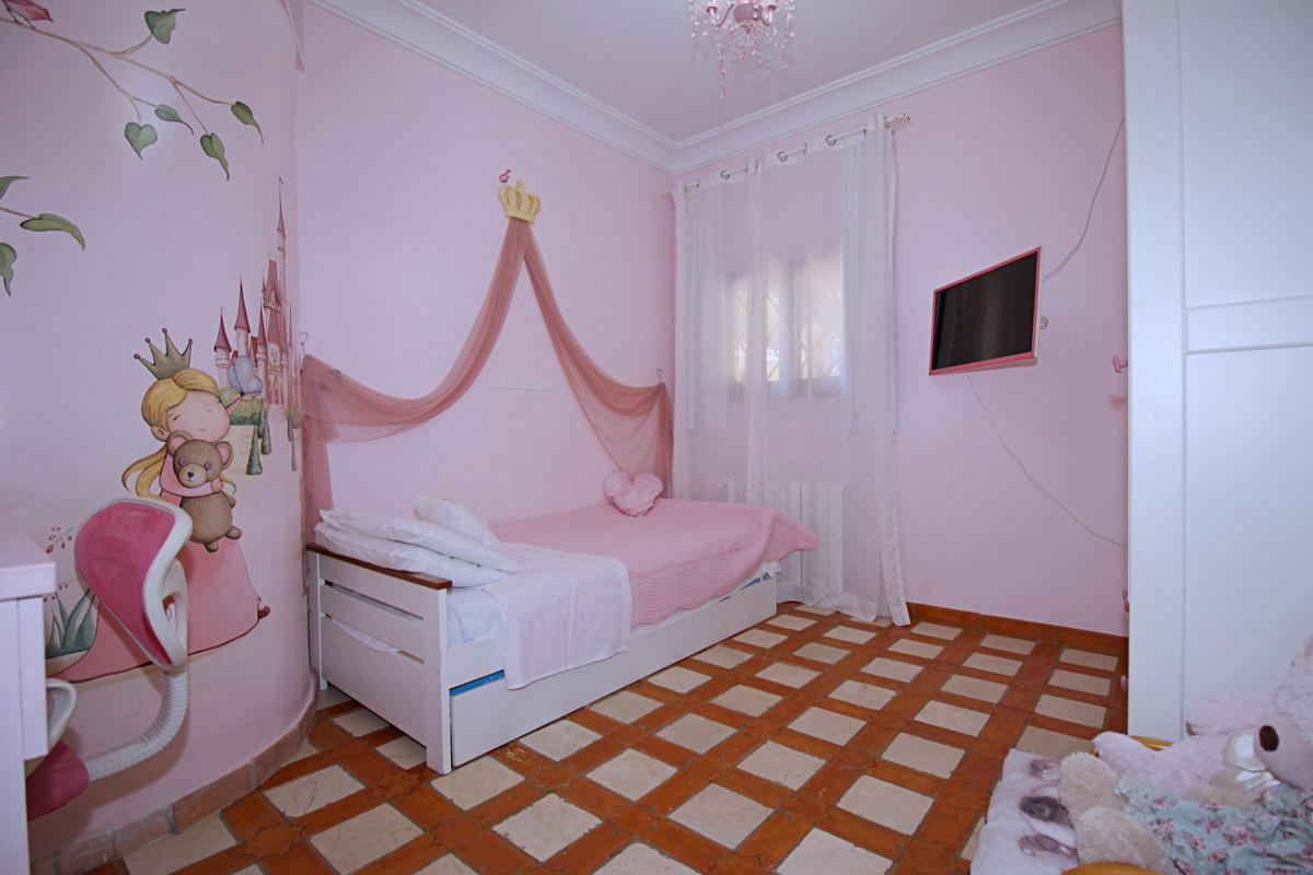 House in Alhaurín el Grande R3863491 30