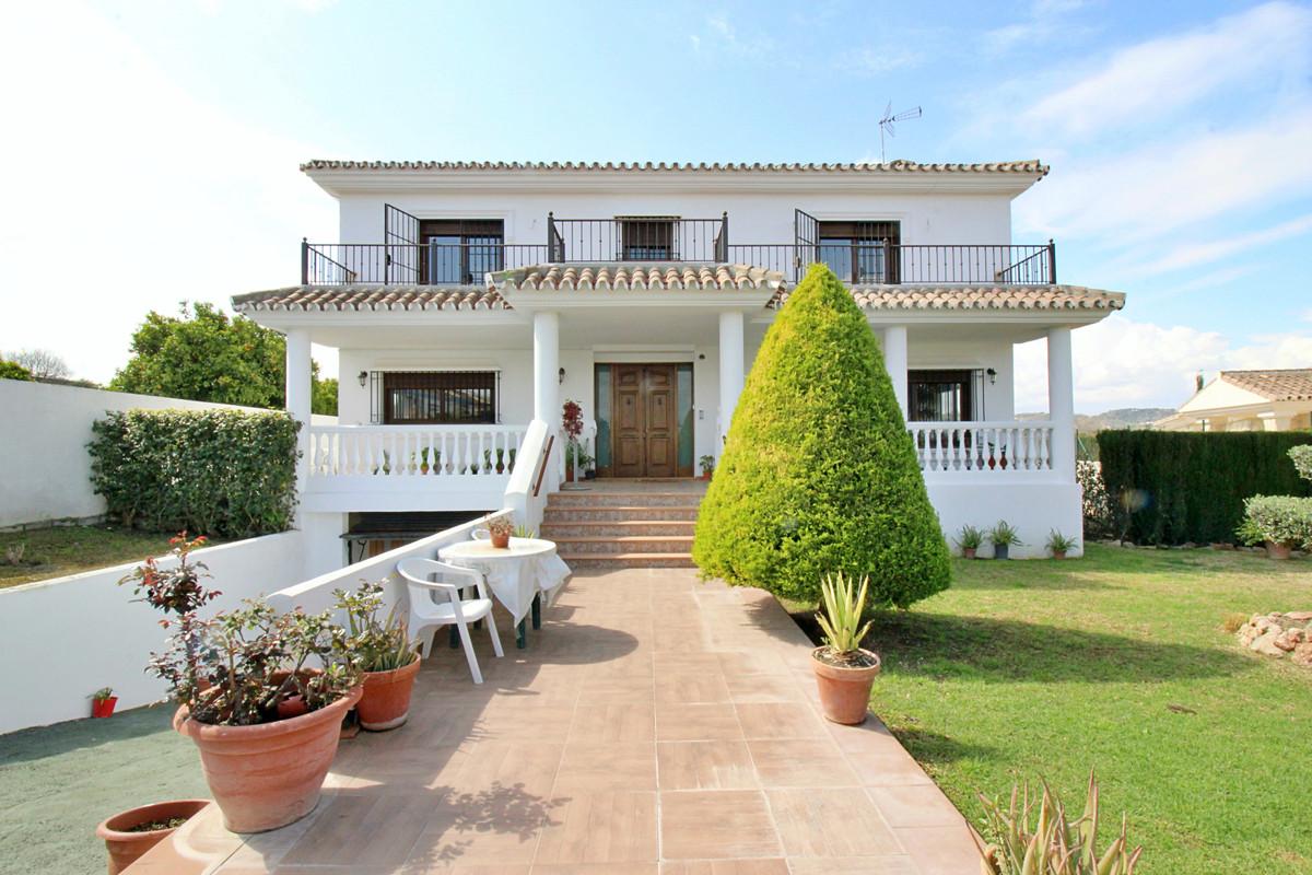 House in Alhaurín el Grande R3518707 1