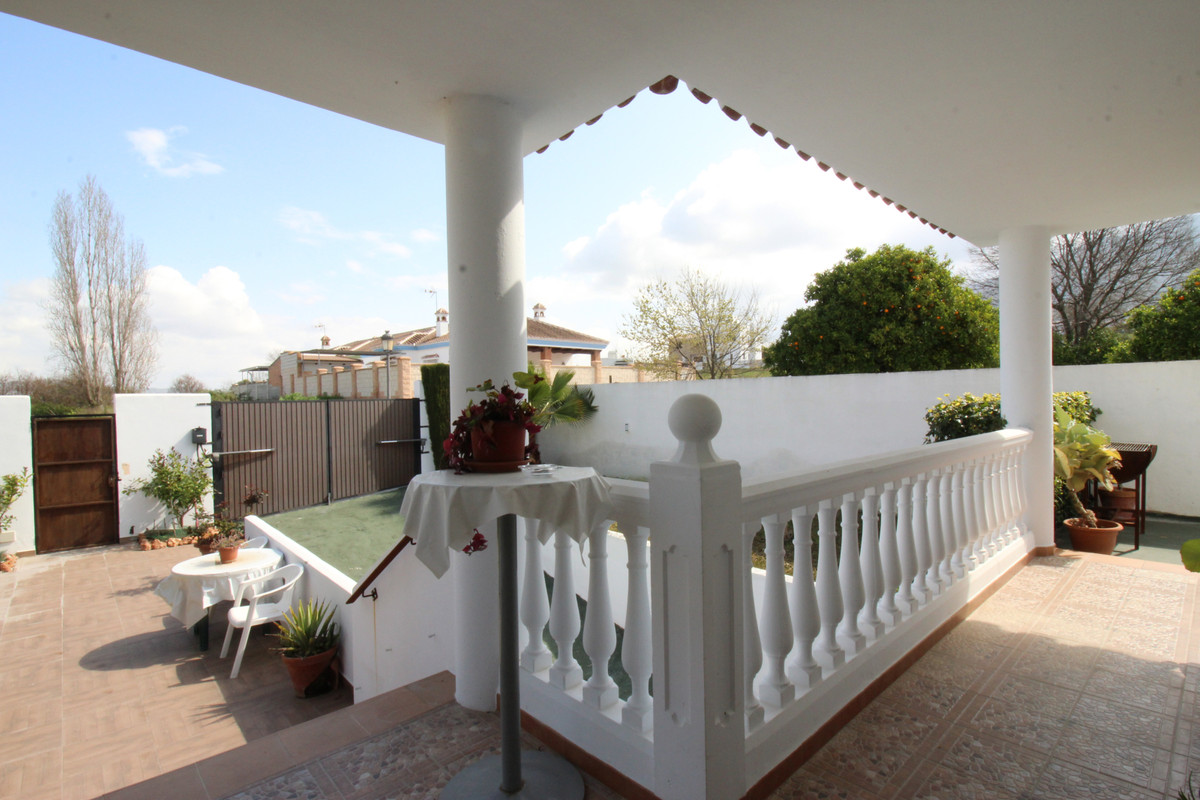 House in Alhaurín el Grande R3518707 10