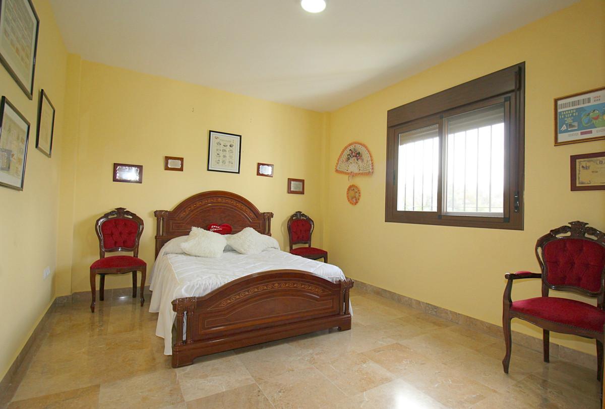 House in Alhaurín el Grande R3518707 19