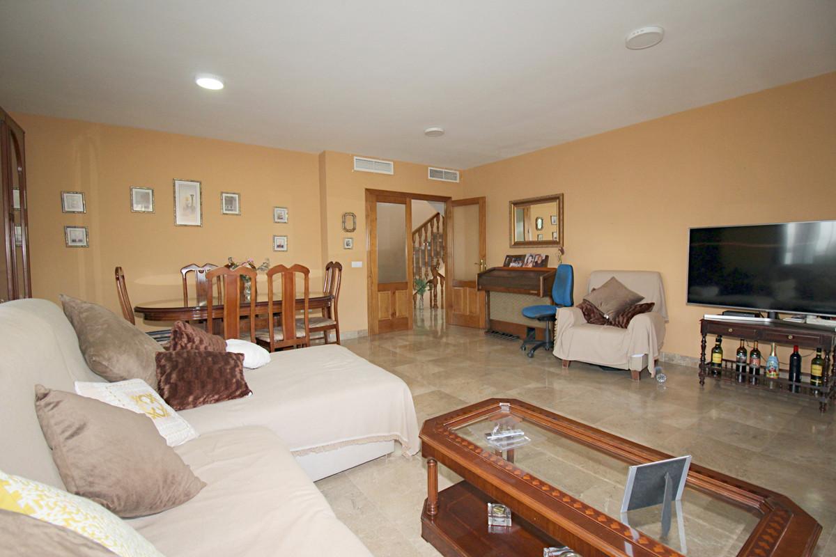 House in Alhaurín el Grande R3518707 27