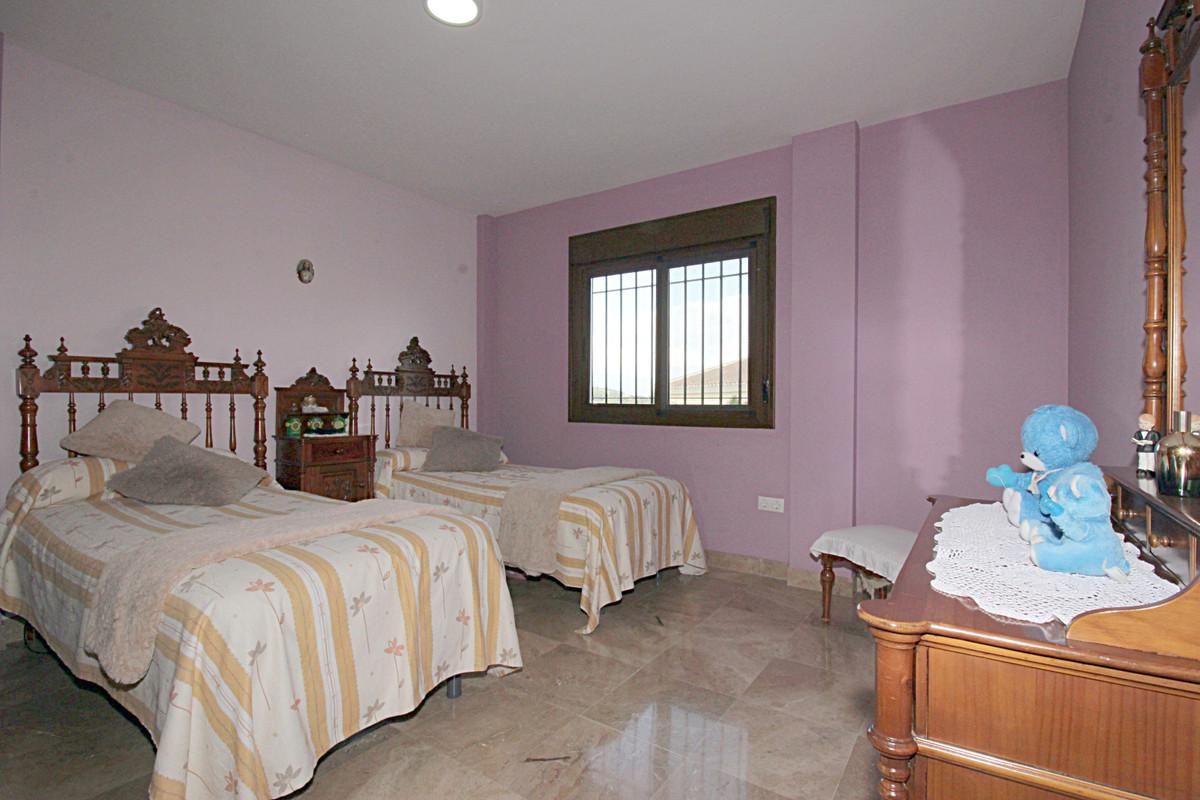 House in Alhaurín el Grande R3518707 38