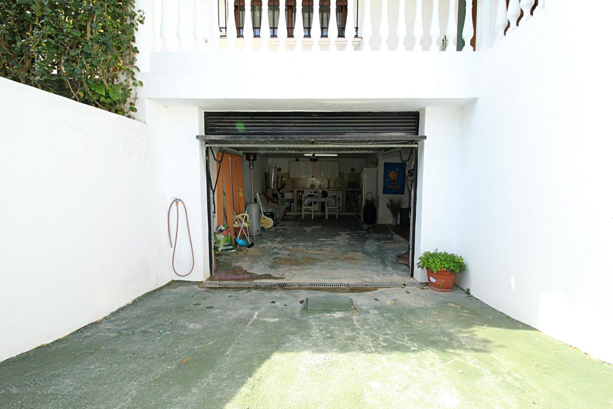 House in Alhaurín el Grande R3518707 8