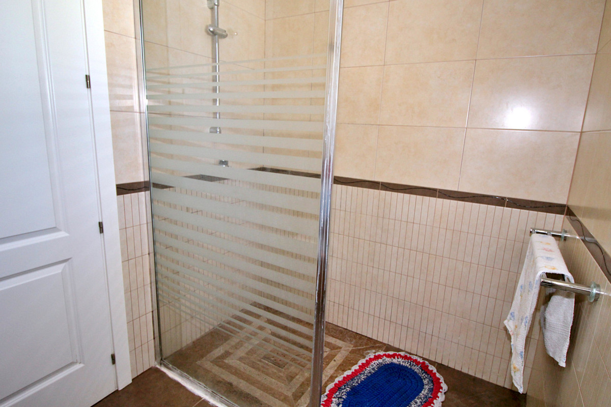 House in Alhaurín el Grande R3660377 12