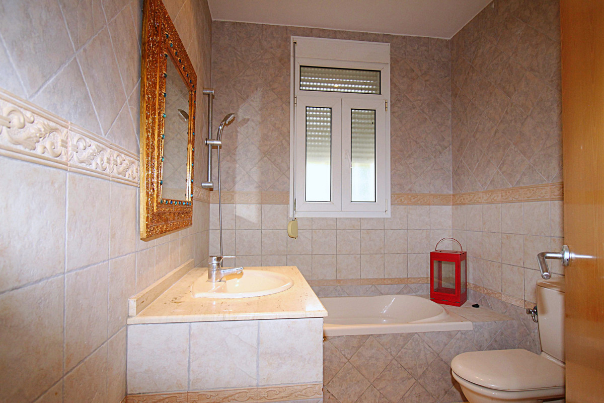 House in Alhaurín de la Torre R3710831 14