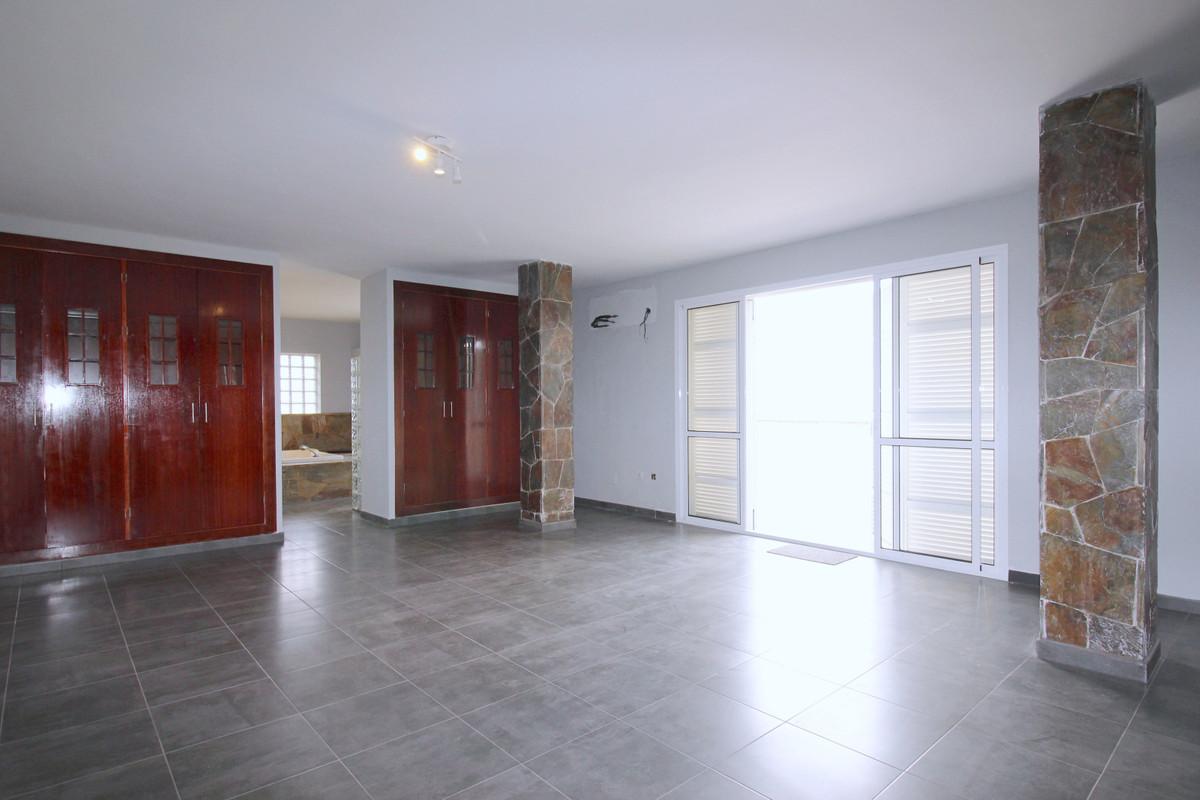 House in Alhaurín de la Torre R3710831 16