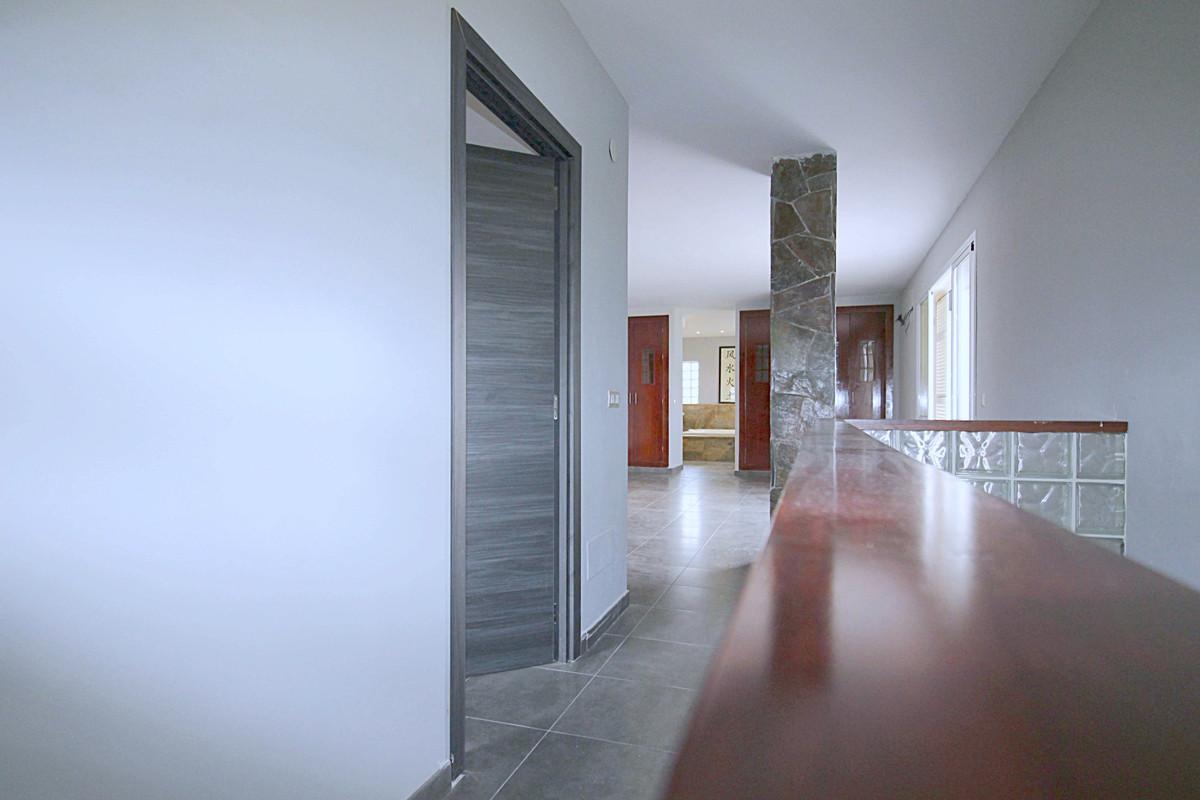 House in Alhaurín de la Torre R3710831 18