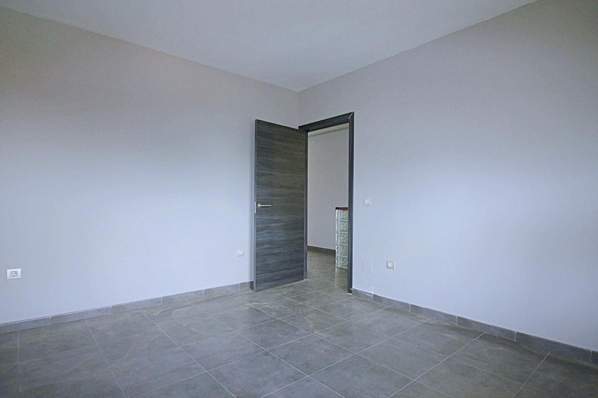 House in Alhaurín de la Torre R3710831 19