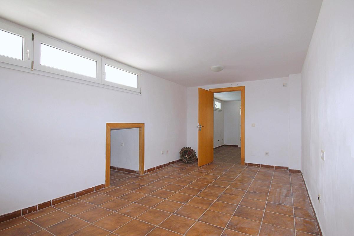 House in Alhaurín de la Torre R3710831 24
