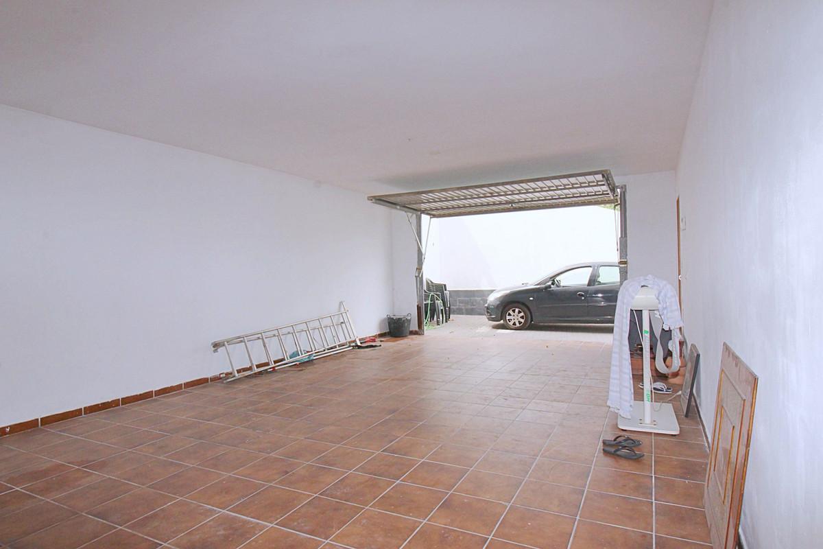 House in Alhaurín de la Torre R3710831 25