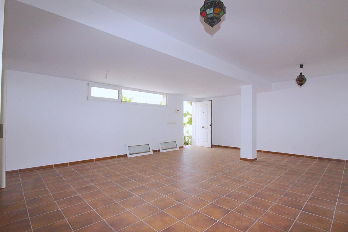 Hus in Alhaurín de la Torre R3710831 26