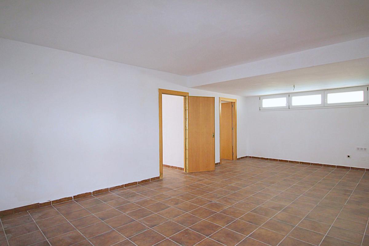 Hus in Alhaurín de la Torre R3710831 27