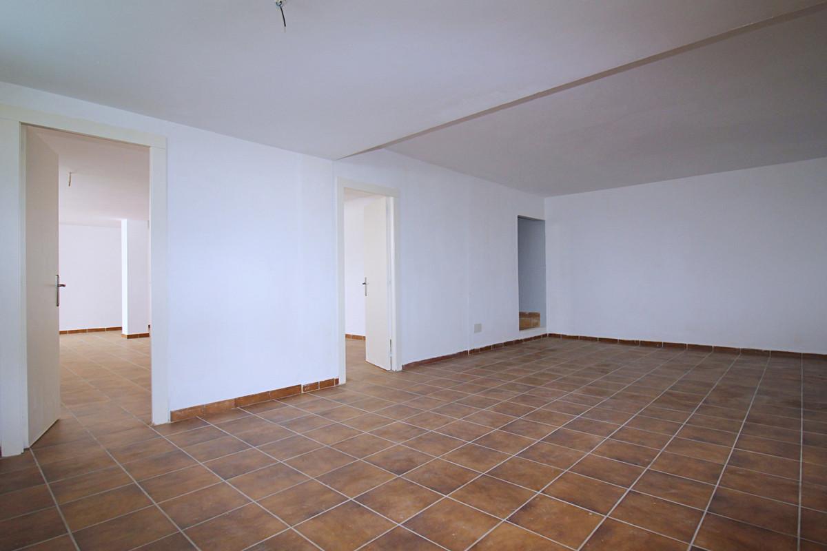 House in Alhaurín de la Torre R3710831 28