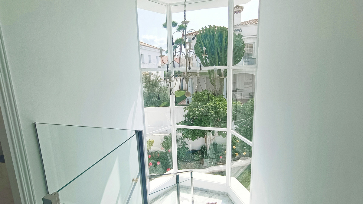 House in Atalaya R3886828 15