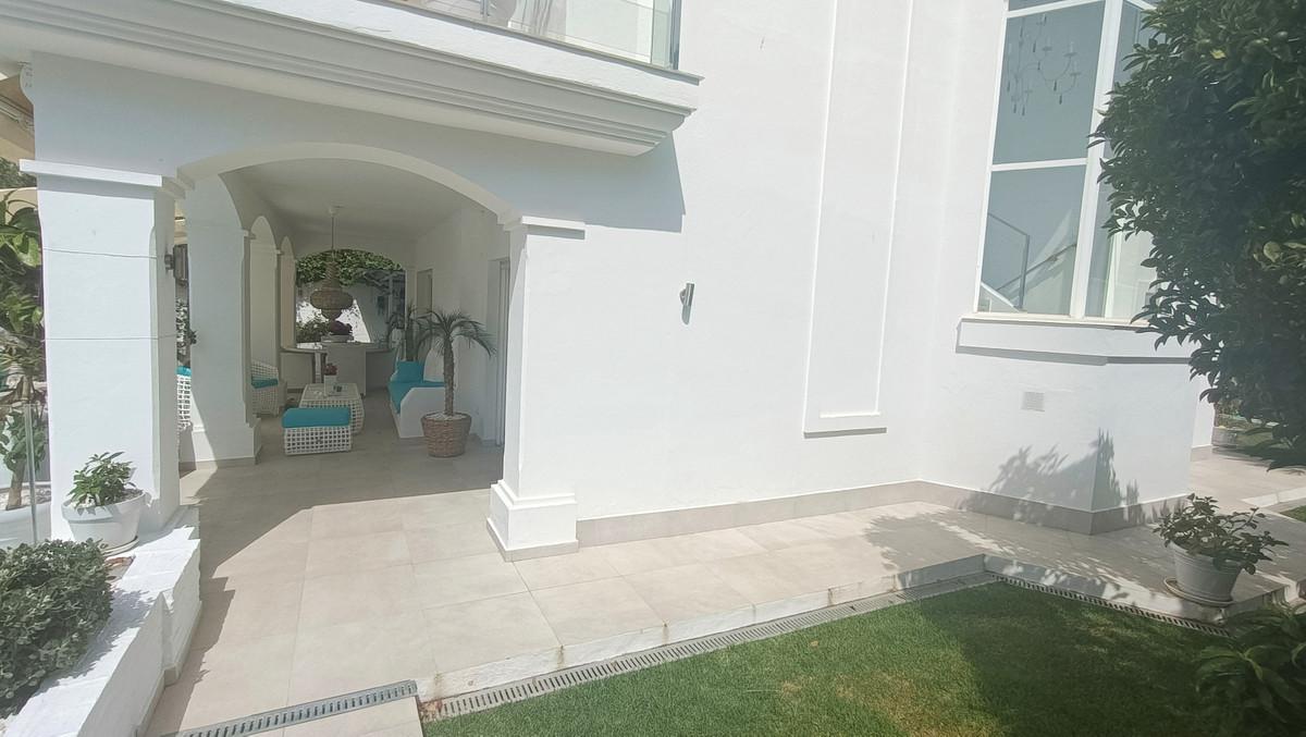 House in Atalaya R3886828 26