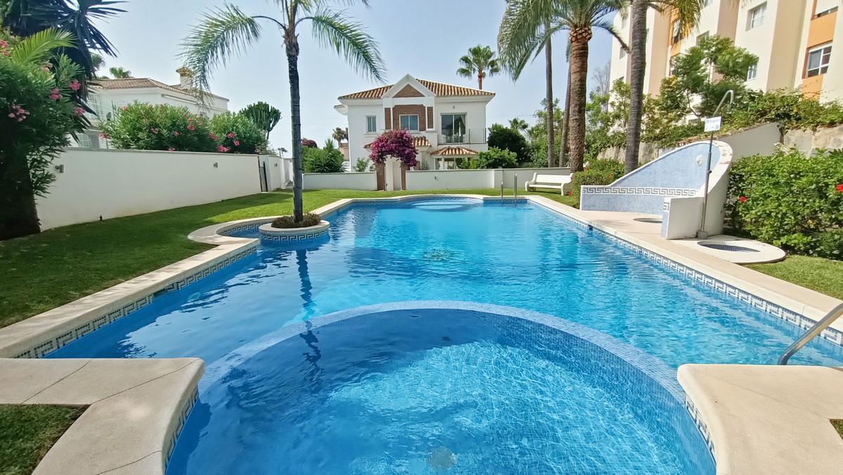 House in Atalaya R3886828 28